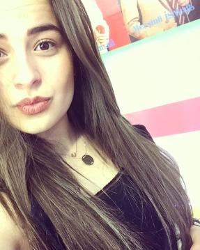 Fındık Kurdu Berna, Büyüyüp Genç Kız Oldu
