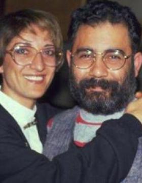 Ahmet Kaya'nın Eşi ve Kızları! Melis ve Çiğdem Büyüdü Son Halleri